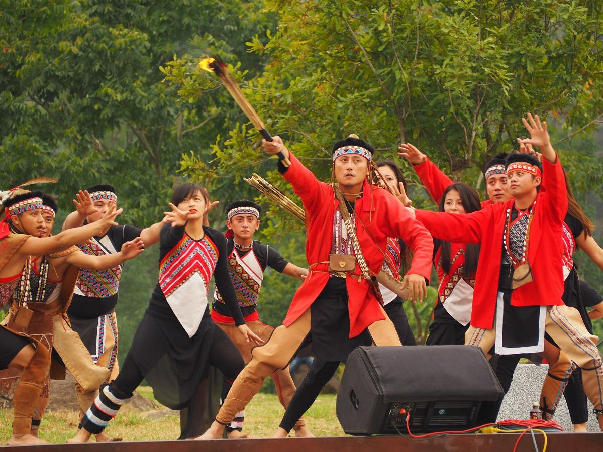 鄒族原住民