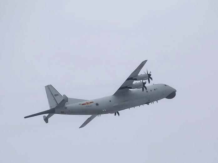 中共運8反潛機